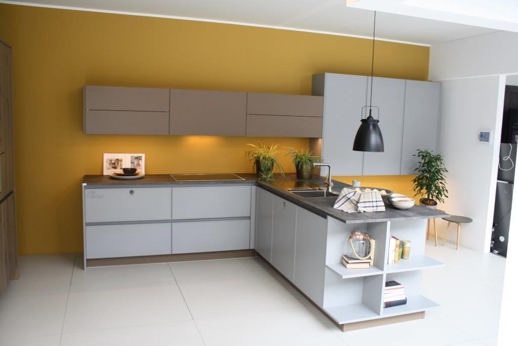 Modern Keuken Schiereiland : Keuken met schiereiland bkb keukens